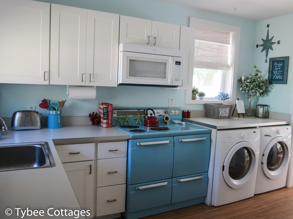 Coral Cottage - Kitchen Area